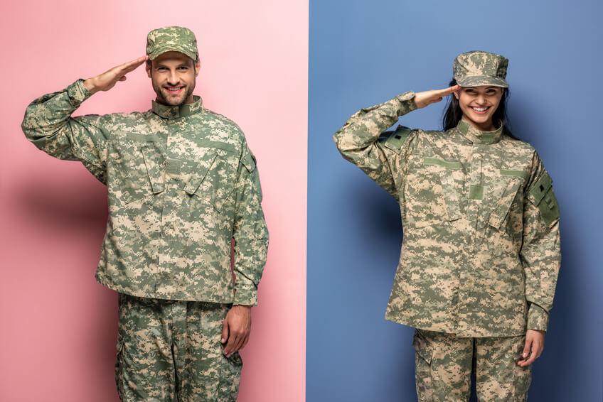 Militärisches Ehepaar traf sich auf einer Dating-Site für Berufstätige