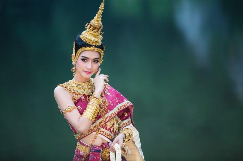 Traditionelle Thailändische Frau